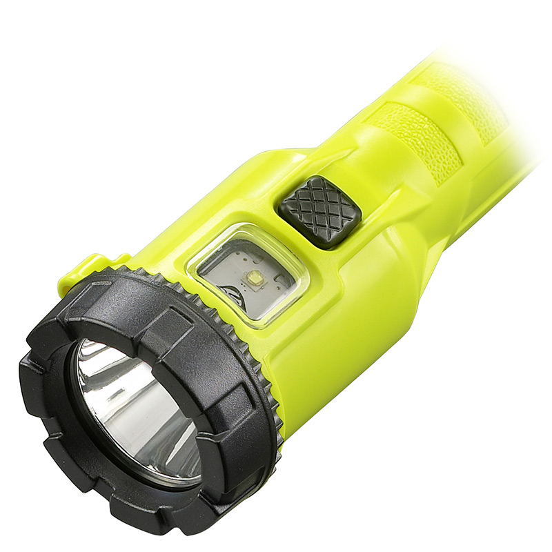 Streamlight Dualie® 3AA LED Flashlight push-button switches for spot, flood, spot and flood beams simultaneously